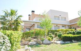 5 bedroom houses by the sea for sale in Spain. Villa – Tarragona, Catalonia, Spain