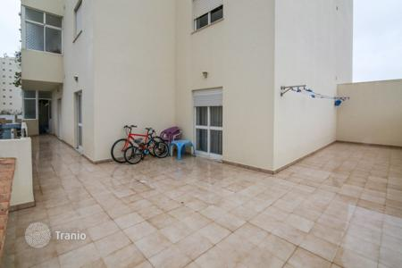Cheap property for sale in Portugal. Apartment – Portimao, Faro, Portugal