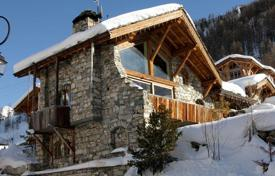 Villas and houses to rent in Val d'Isere. Chalet – Val d'Isere, Auvergne-Rhône-Alpes, France