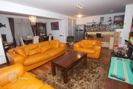 Property for sale in Obalno-Cabinet. Apartment – Izola, Obalno-Cabinet, Slovenia