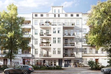 Property for sale in Kreuzberg. Apartment for renovation in a historic building in the central district of Berlin, Kreuzberg