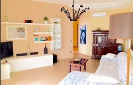 Property for sale in Rimini. Comfortable renovated apartment in the historic center of the city, Rimini, Italy