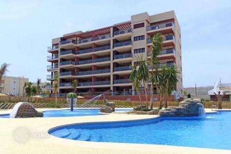 4 bedroom apartments by the sea for sale in Costa Blanca. Apartment – Mil Palmeras, Valencia, Spain
