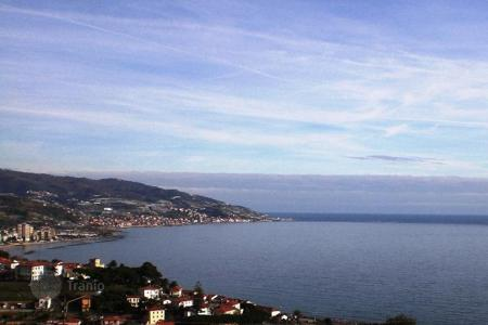 3 bedroom houses by the sea for sale in Liguria. Villa – Sanremo, Liguria, Italy