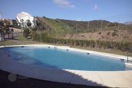 Cheap townhouses for sale in Costa del Sol. Terraced house - Mijas, Andalusia, Spain