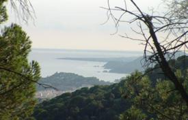 Development land for sale in Costa Brava. Two plots in urb. Serra Brava