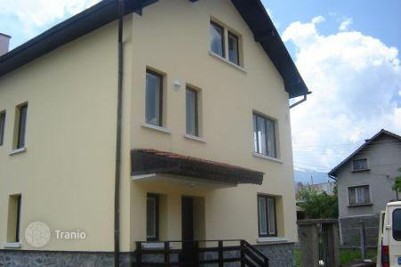 Cheap 5 bedroom houses for sale in Sofia region. Detached house – Govedartsi, Sofia region, Bulgaria