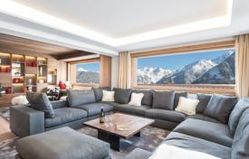 Property to rent in Courchevel. New chalet in Courchevel with a pool, a sauna, a terrace, a fitness center, and a mountain view, near the slopes and the center of the town