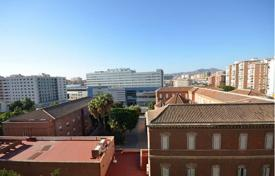 Cheap residential for sale in Malaga. Apartment, 3 bedroom, Malaga Centre