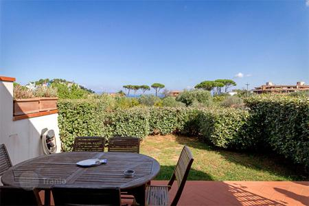 3 bedroom houses for sale in Tuscany. Terraced house for sale in Tuscany