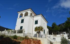 5 bedroom houses for sale in Montenegro. Villa – Budva, Montenegro