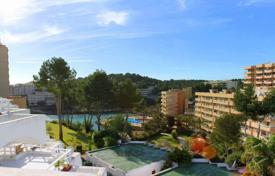 Furnished penthouse with a terrace in a residential complex with a swimming pool, a garden and a parking, Cala Vinyas, Spain for 285,000 €