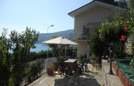 4 bedroom houses for sale in Province of Imperia. Three-storey villa in Ospedaletti, Italy. House with two terraces and a garden, in a quiet district, near the center of the town