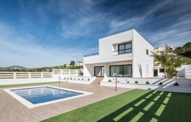 Coastal residential for sale in Calpe. MODERN VILLA IN CALPE