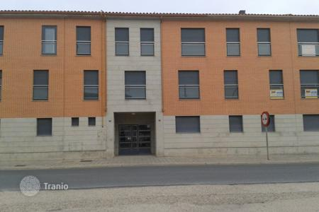 Cheap apartments for sale in Castille and Leon. Apartment – Salamanca, Castille and Leon, Spain