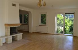 Residential for sale in Central Bohemia. Terraced house – Hostivice, Central Bohemia, Czech Republic
