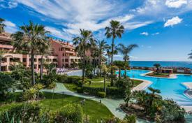 Luxury apartments for sale in Spain. Magnificent Apartment in Malibu, Puerto Banus, Marbella