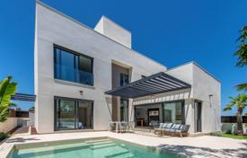 3 bedroom houses by the sea for sale in La Marina. Modern two-level villa just 200 meters from the beach, La Marina, Alicante, Spain