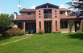 Cozy villa with a pool, two terraces and a garden, near the lake, Castelletto sopra Ticino, Piedmont, Italy for 900,000 €