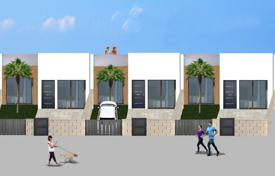 Townhouses for sale in Valencia. New townhouse with a rooftop solarium, Benijofar, Alicante