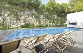 5 bedroom villas and houses to rent in Costa Dorada. Villa – Tarragona, Catalonia, Spain