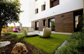 3 bedroom apartments for sale in Barcelona. Modern and spacious apartments in Las Ramblas Golf