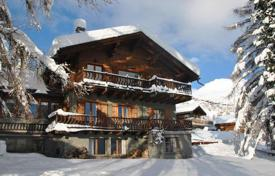 Chalets for rent in Valais. Large cozy chalet with 6 bedrooms, cinema room, sauna, jacuzzi and parking. Switzerland, Verbier