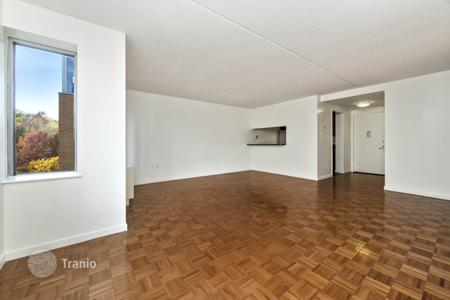 Condos for rent in New York City. West 135th Street