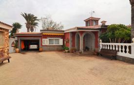 Property for sale in Gran Canaria. Villa – Santa Lucía de Tirajana, Canary Islands, Spain