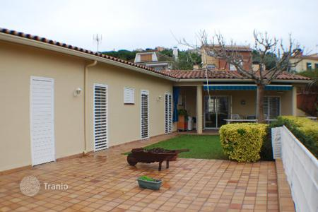 5 bedroom houses for sale in Alella. House COsta Marezme