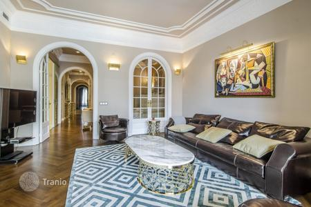 Luxury 3 bedroom apartments for sale in Barcelona. Apartment – Barcelona, Catalonia, Spain
