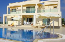 Coastal houses for sale in Northern Cyprus. 4 bedroom LUXURY villa + 4 bathrooms + swimming pool + generator + fully furnished + white goods + lovely views