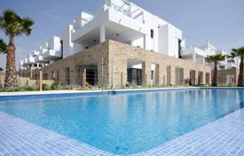 New homes for sale in Costa Blanca. Apartment with spacious terrace, in a new residence with garden and swimming pool, near the beach, in Dehesa de Campoamor, Alicante, Spain