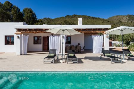 6 bedroom villas and houses to rent in Ibiza. Villa – Ibiza, Balearic Islands, Spain