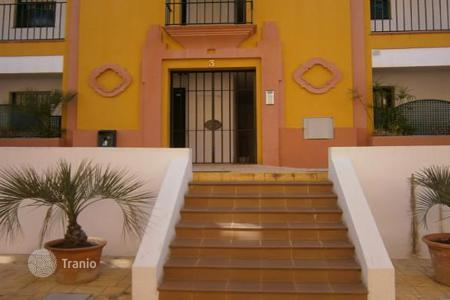 Bank repossessions apartments in Costa del Sol. Apartment – Estepona, Andalusia, Spain