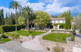Luxury houses for sale overseas. A historic 16th century manor house with a swimming pool, a garden and a tennis court, Cannes, Côte d'Azur, France