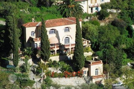3 bedroom houses by the sea for sale in Provence - Alpes - Cote d'Azur. Villa - Menton, Côte d'Azur (French Riviera), France