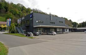 Property for sale in Slovenia. This is a Business premises, in total size 542 m² on the ground floor of a commercial building in an industrial zone in Rogatec