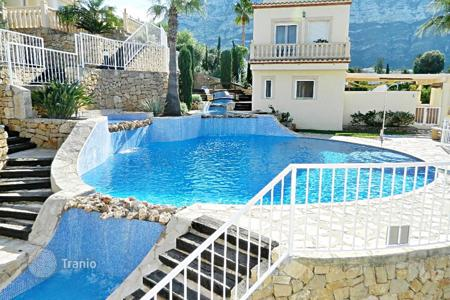 Townhouses for sale in Denia. Terraced house - Denia, Valencia, Spain