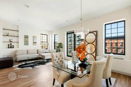 Property for sale in North America. The apartment overlooking Central Park and the Cathedral of Saint John the Divine in Harlem, New York