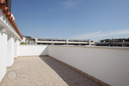 Property for sale in Badalona. Magnificent duplex with sea views in Badalona