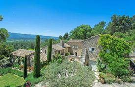 Luxury houses for sale in Ménerbes. Luberon — Stunning property with gorgeous views