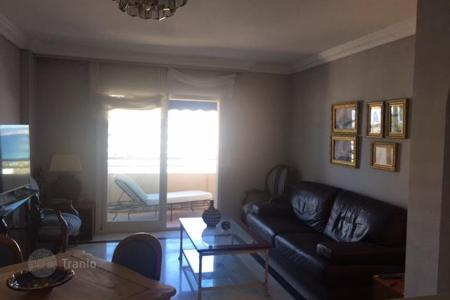 Residential for sale in Puerto Banús. Three-room apartment with terrace and sea views on the Costa del Sol, Puerto Banus