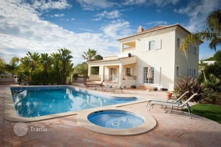 Houses for sale in Portugal. Luxury Villa in Quinta do Lago