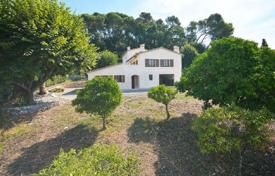 Cheap 5 bedroom houses for sale overseas. Villa – Mougins, Côte d'Azur (French Riviera), France