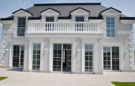Residential for sale in Baden bei Wien. New two-storey villa with garage on the lake in Ebreichsdorf, Austria