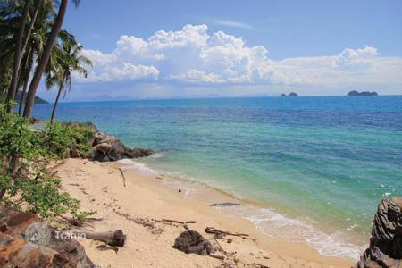 Land for sale in Thailand. Land on the beach in Taling Ngam
