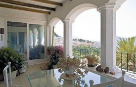 Luxury property for sale in Gaucín. Renovated historic villa of the 18th century with picturesque views, three independent levels and a covered pool, Gaucin, Costa del Sol