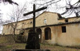 Houses for sale in Sarteano. Ancient villa of the XIII century in Sarteano, Tuscany, Italy