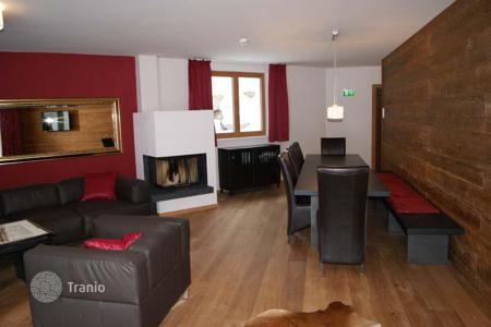 Commercial property for sale in St. Anton am Arlberg. Profitable Apart -Hotel of 4 luxury chalets in the Austrian ski resort of St. Anton!